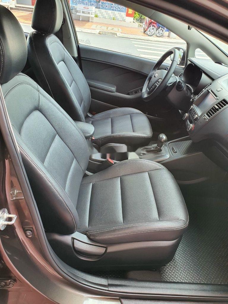 Bán Kia K3 năm sản xuất 2015, màu nâu, xe cũ chính hãng (10)