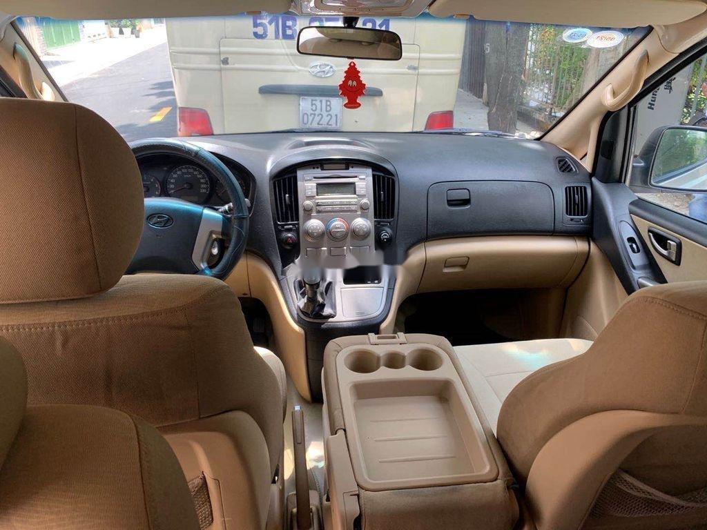 Bán Hyundai Starex sản xuất 2012, màu xám, xe nhập chính chủ (4)