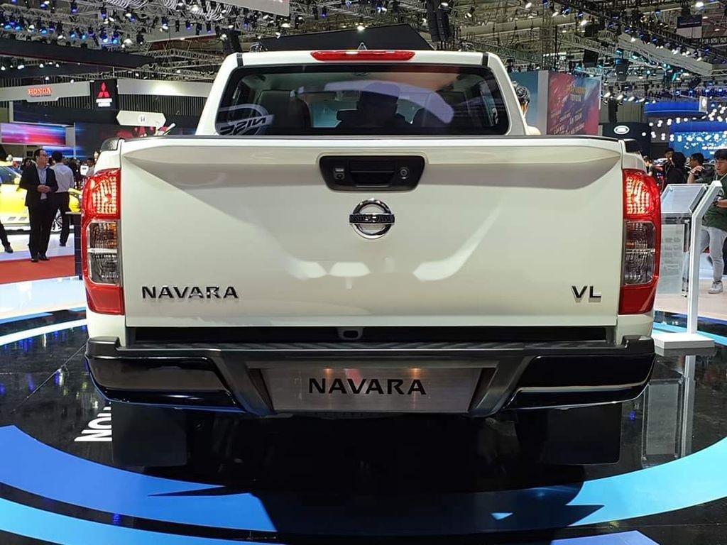 Bán xe Nissan Navara năm sản xuất 2019, màu trắng, nhập khẩu nguyên chiếc (5)