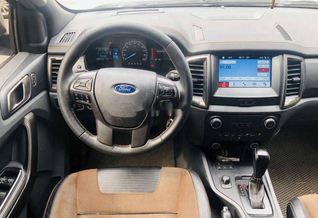 Cần bán Ford Ranger đời 2017, màu trắng, xe nhập (4)