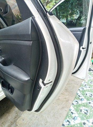 Cần bán lại xe Kia Rondo đời 2016, màu trắng, nhập khẩu nguyên chiếc (18)