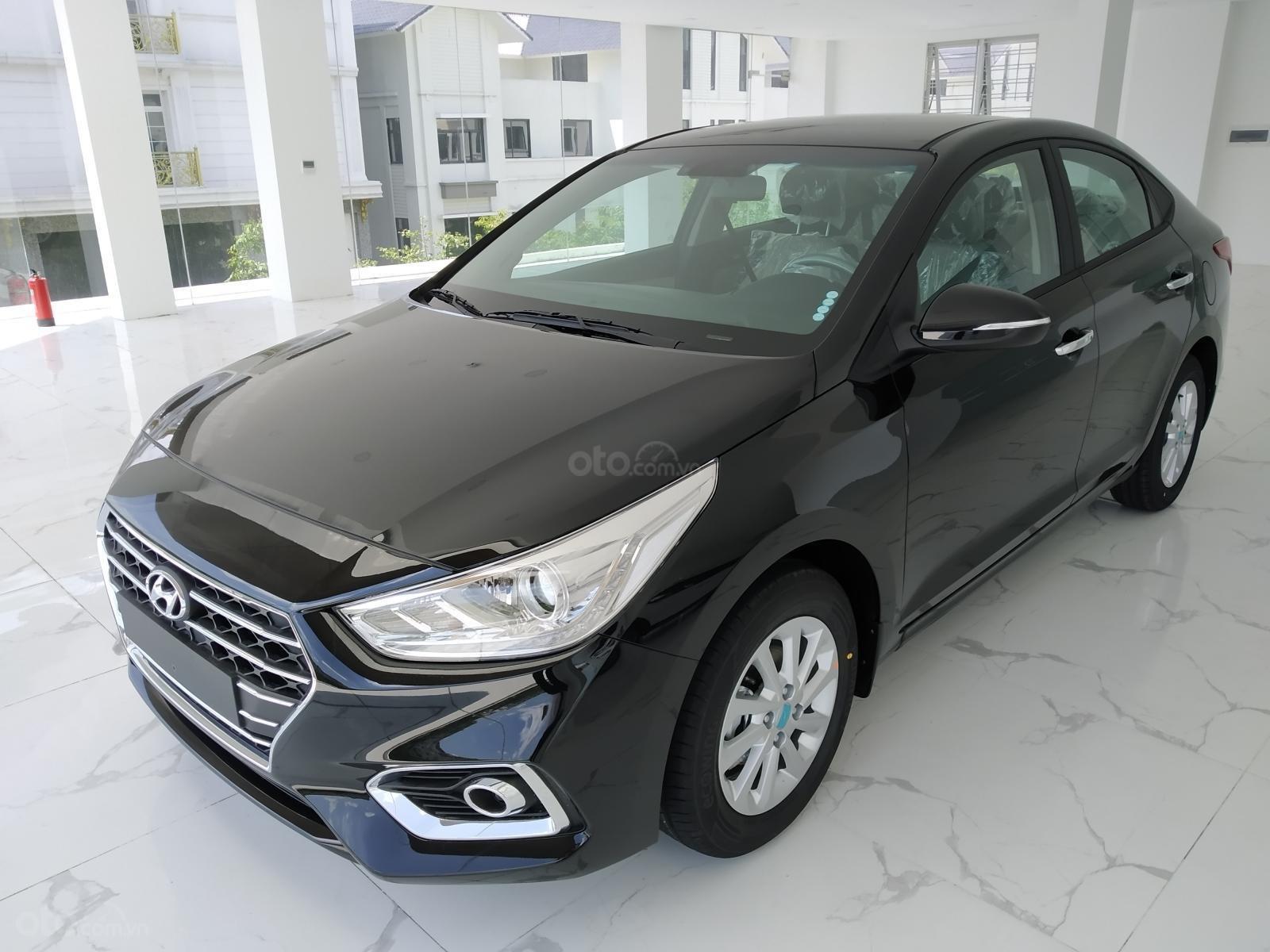 Hyundai Accent AT đầy đủ màu sắc giao ngay. Gía ưu đãi cực thấp T9 kèm theo nhiều ưu đãi và phụ kiện hấp dẫn (2)