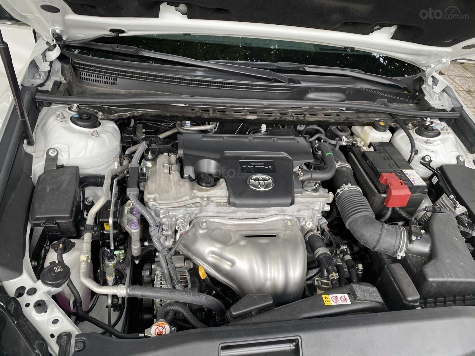 Bán ô tô Toyota Camry năm 2020, màu trắng, ít sử dụng, giá 1 tỷ 290 triệu đồng (14)