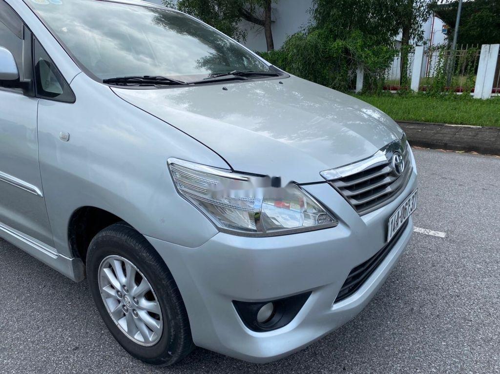 Bán Toyota Innova năm sản xuất 2013, màu bạc  (3)