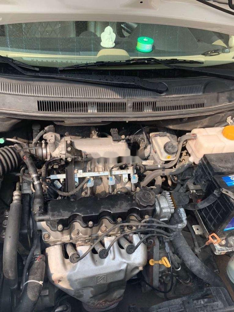 Xe Chevrolet Aveo sản xuất 2016 còn mới (5)