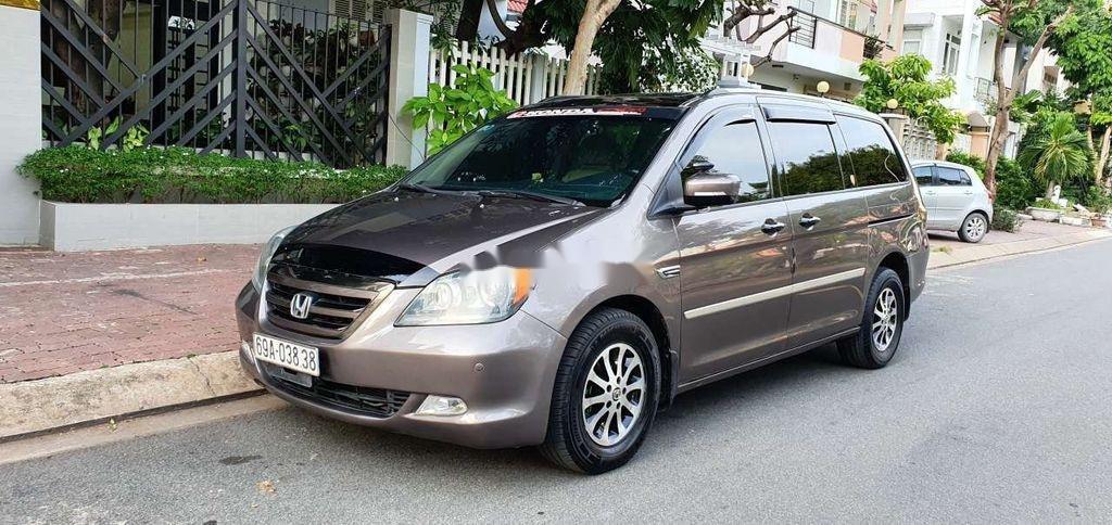Cần bán gấp Honda Odyssey sản xuất 2005, nhập khẩu còn mới (3)