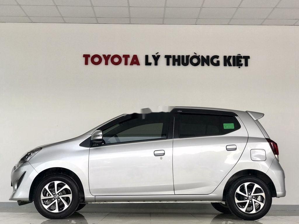 Bán Toyota Wigo sản xuất năm 2019, màu bạc (3)
