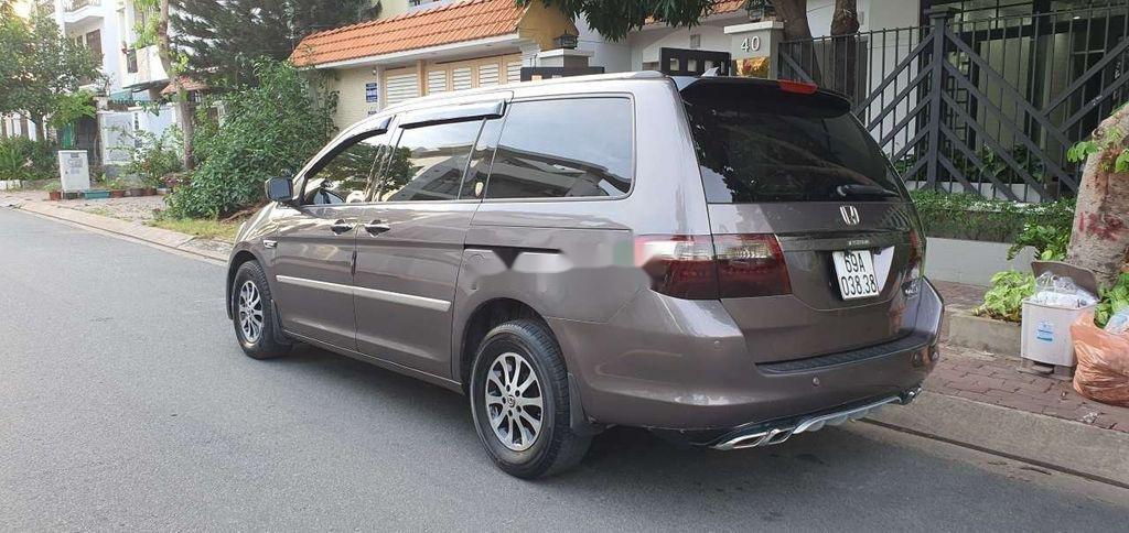 Cần bán gấp Honda Odyssey sản xuất 2005, nhập khẩu còn mới (5)