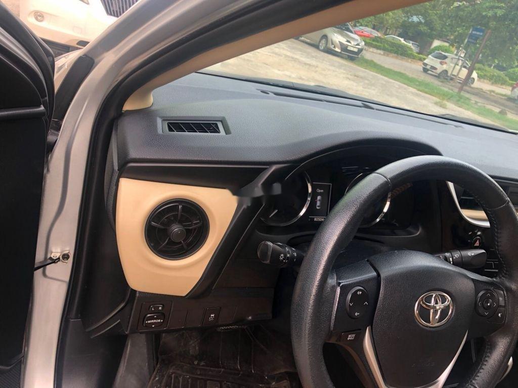 Bán Toyota Corolla Altis sản xuất năm 2017, màu bạc  (4)