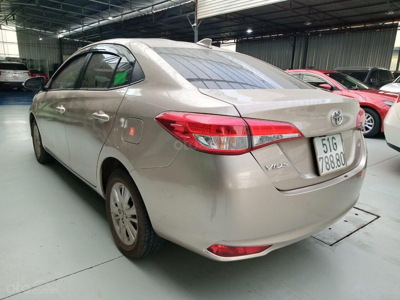 Xe Toyota Vios E 1.5 AT sản xuất cuối năm 2018 mẫu 2019, tự động, biển TP đẹp, lên full option, có trả góp (4)