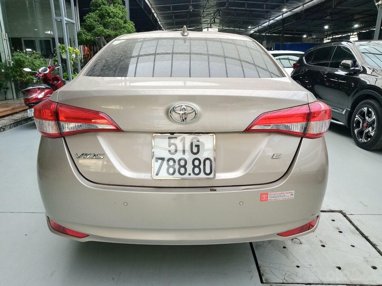 Xe Toyota Vios E 1.5 AT sản xuất cuối năm 2018 mẫu 2019, tự động, biển TP đẹp, lên full option, có trả góp (5)