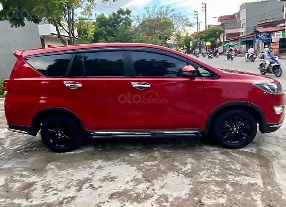 Bán Toyota Innova Venturer 2019, màu đỏ xe gia đình (1)
