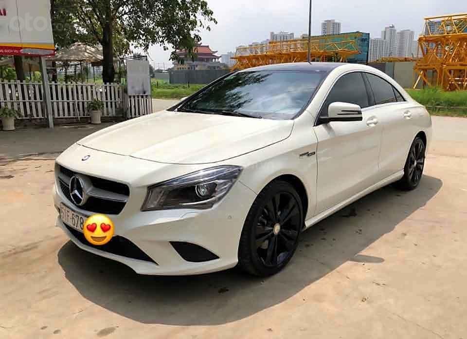 Bán Mercedes đời 2016, màu trắng, xe nhập còn mới (1)