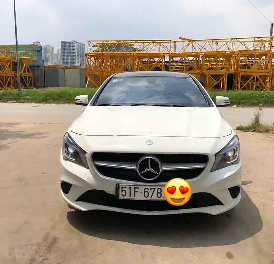 Bán Mercedes đời 2016, màu trắng, xe nhập còn mới (5)