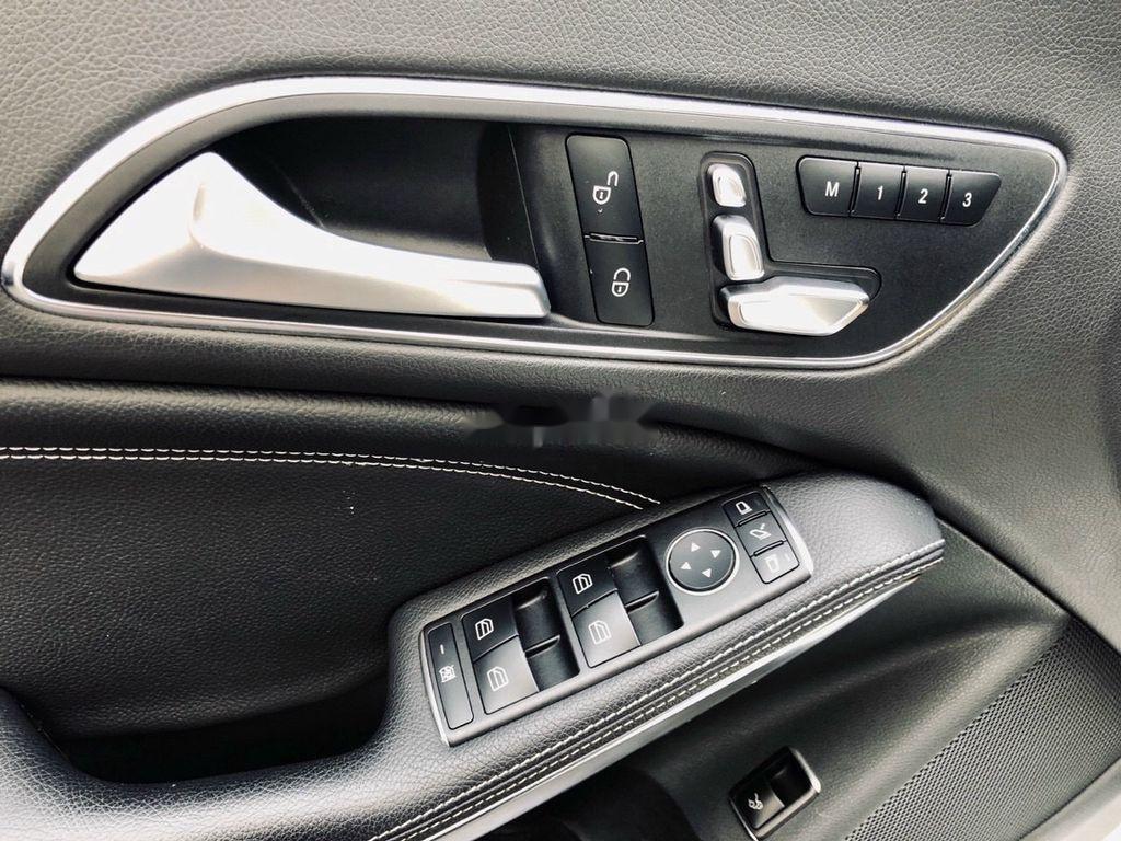 Bán Mercedes GLA 200 năm 2018, màu trắng, nhập khẩu   (10)