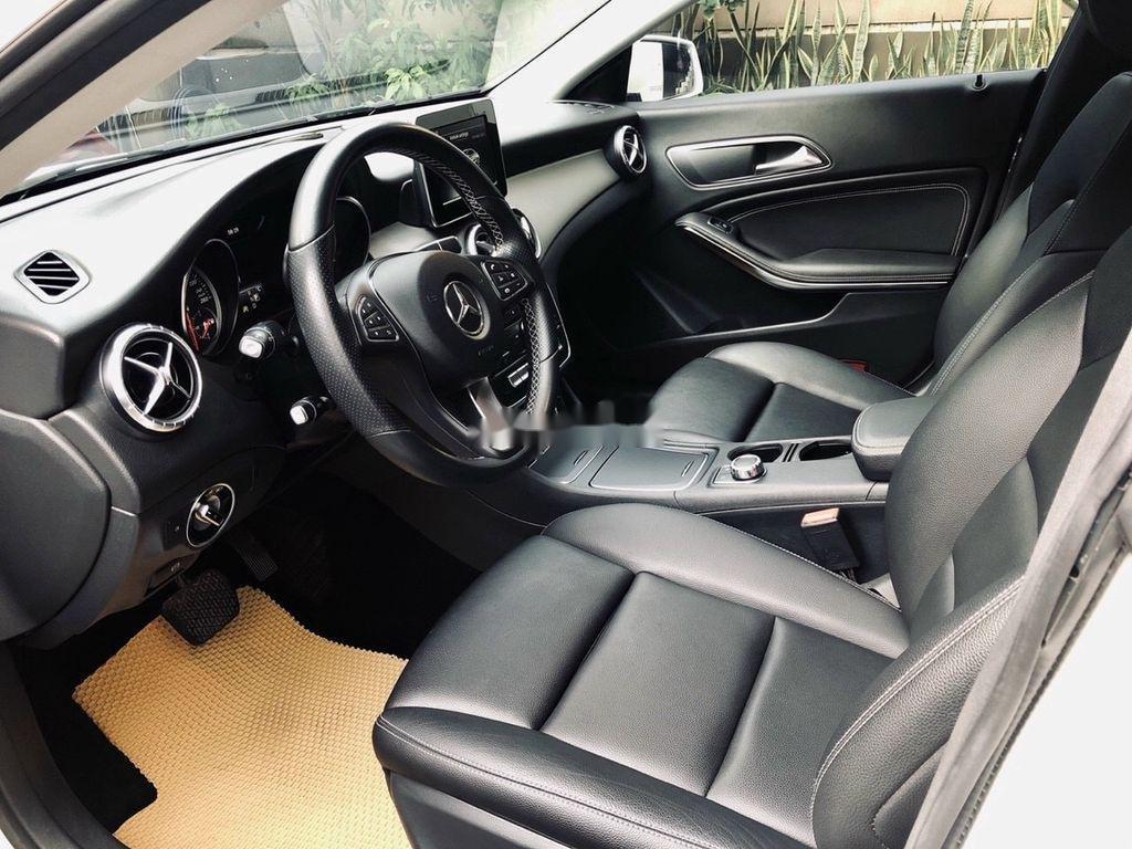 Bán Mercedes GLA 200 năm 2018, màu trắng, nhập khẩu   (6)