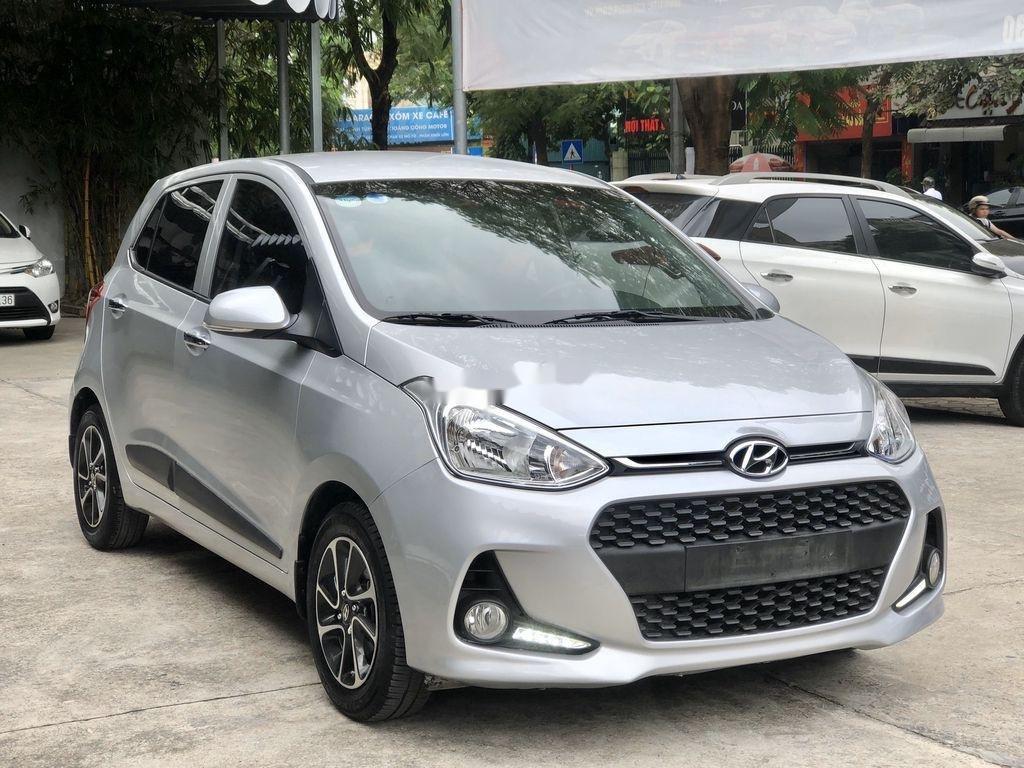 Bán Hyundai Grand i10 2019, màu bạc (3)