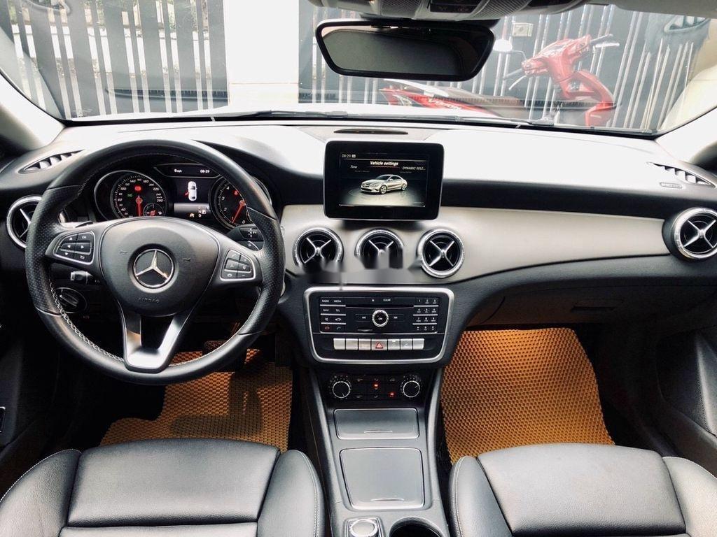Bán Mercedes GLA 200 năm 2018, màu trắng, nhập khẩu   (8)