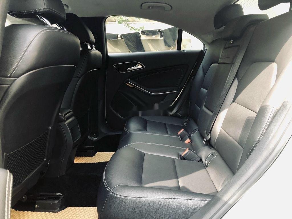 Bán Mercedes GLA 200 năm 2018, màu trắng, nhập khẩu   (7)