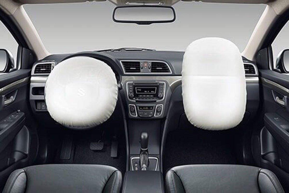 Suzuki Ciaz 2020 sở hữu 2 túi khí trước 1
