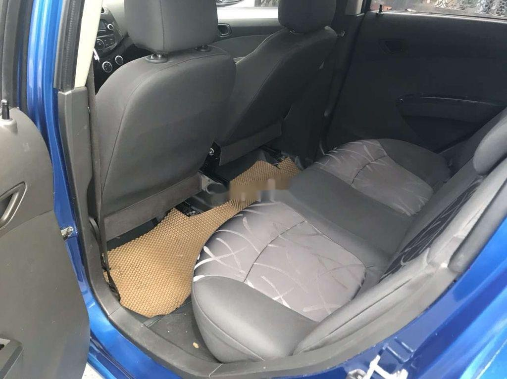 Bán Chevrolet Spark 2016, màu xanh lam còn mới (8)
