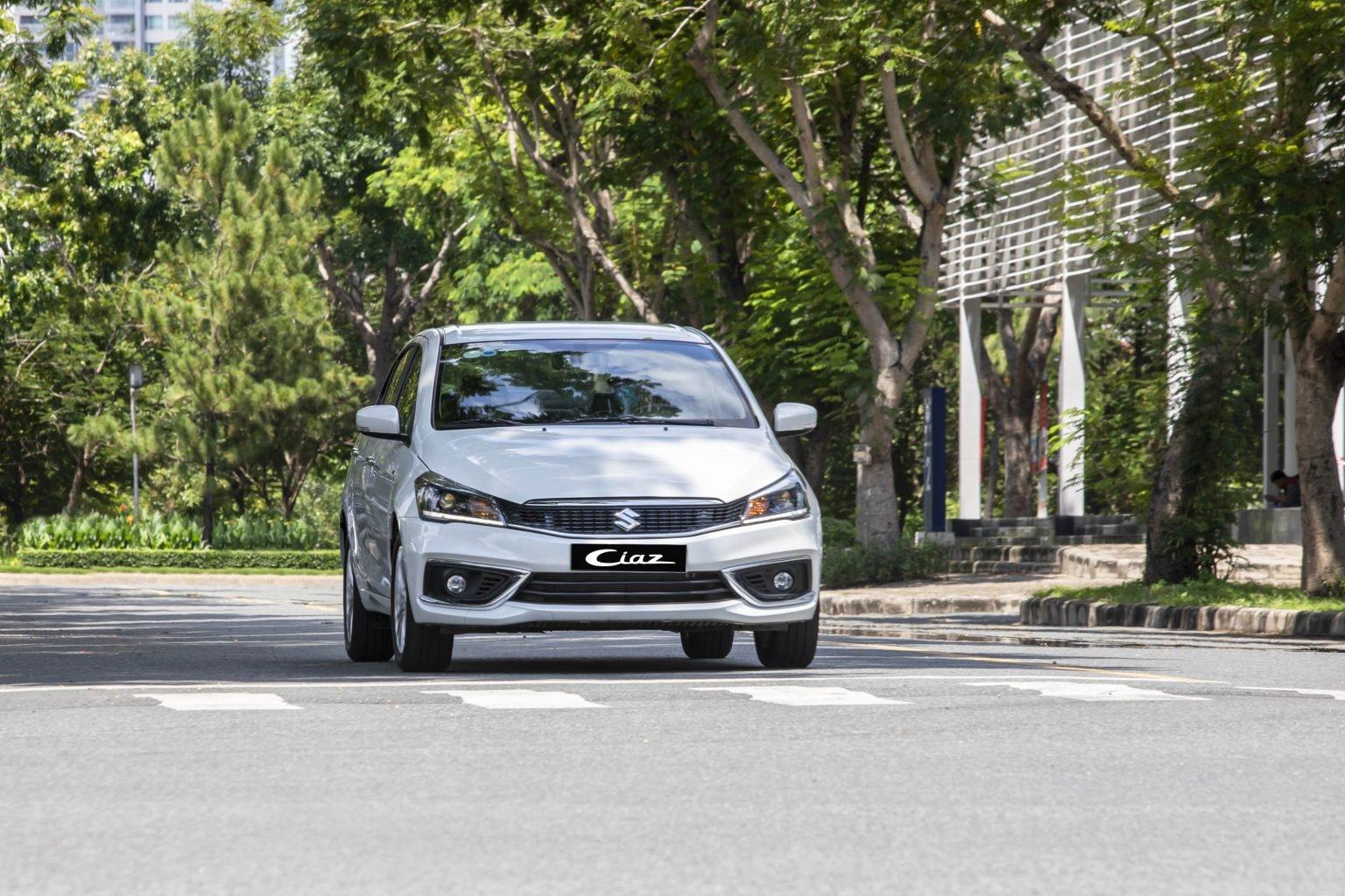 Ngoại thất xe Suzuki Ciaz 2021 a2