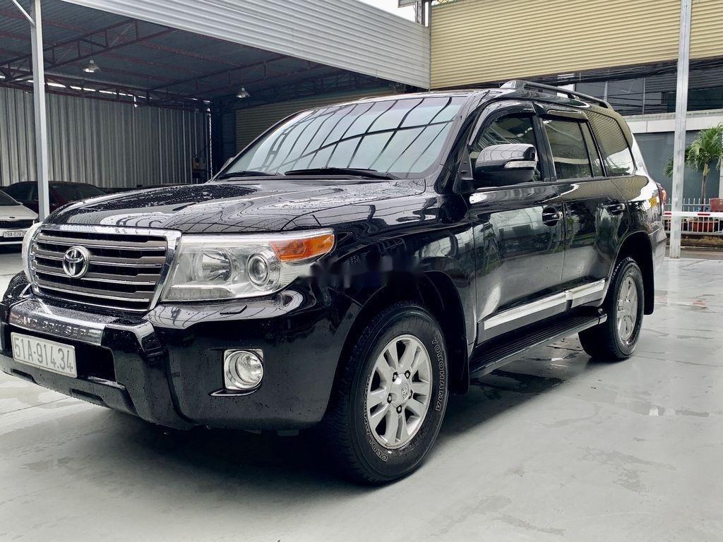 Bán Toyota Land Cruiser đời 2014, màu đen, xe nhập (2)