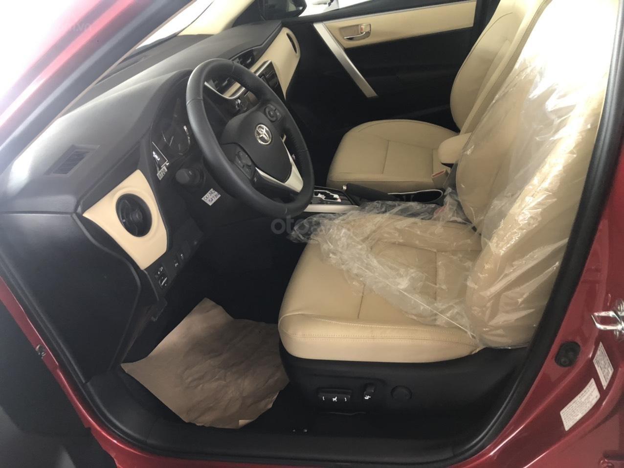 Toyota Corolla Altis 1.8 màu đỏ model 2021, 733 triệu (2)