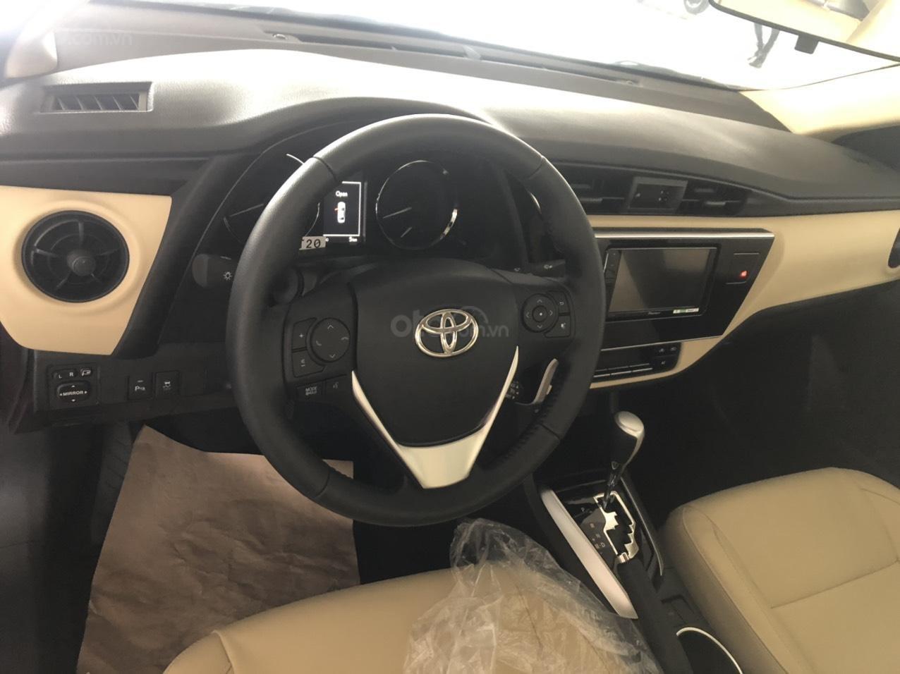 Toyota Corolla Altis 1.8 màu đỏ model 2021, 733 triệu (3)