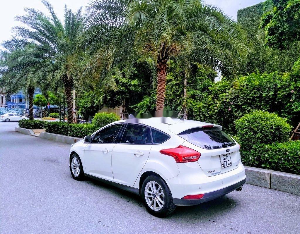 Bán ô tô Ford Focus năm sản xuất 2017, màu trắng, giá tốt (6)