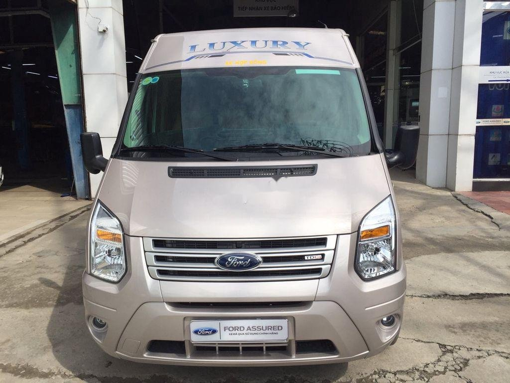 Bán Ford Transit đời 2020, xe như mới (1)