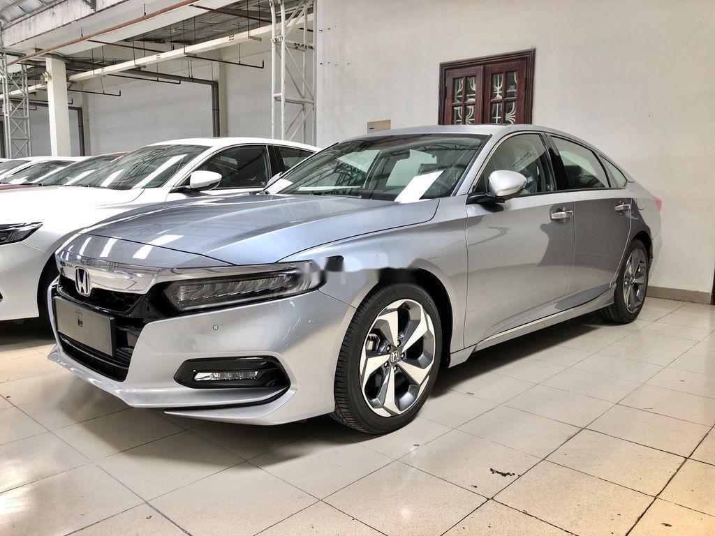 Bán Honda Accord sản xuất năm 2020, màu trắng, nhập, dòng xe đẳng cấp (7)