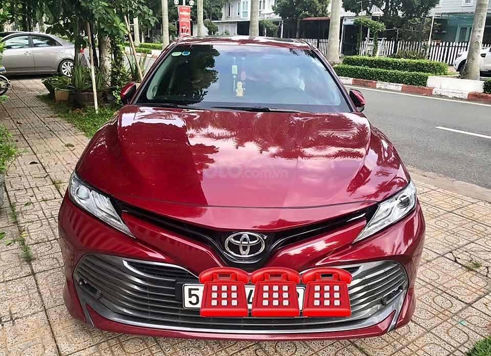 Cần bán xe Toyota Camry 2.5Q đời 2019, màu đỏ, xe nhập   (1)