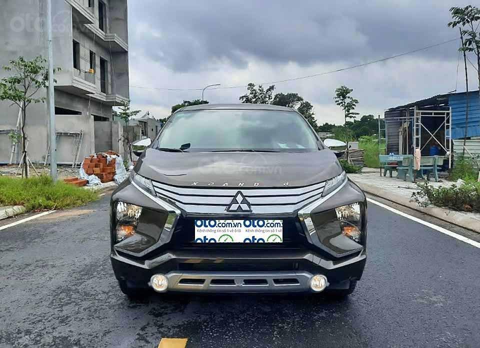 Cần bán Mitsubishi Xpander 1.5AT 2019, màu nâu còn mới  (1)