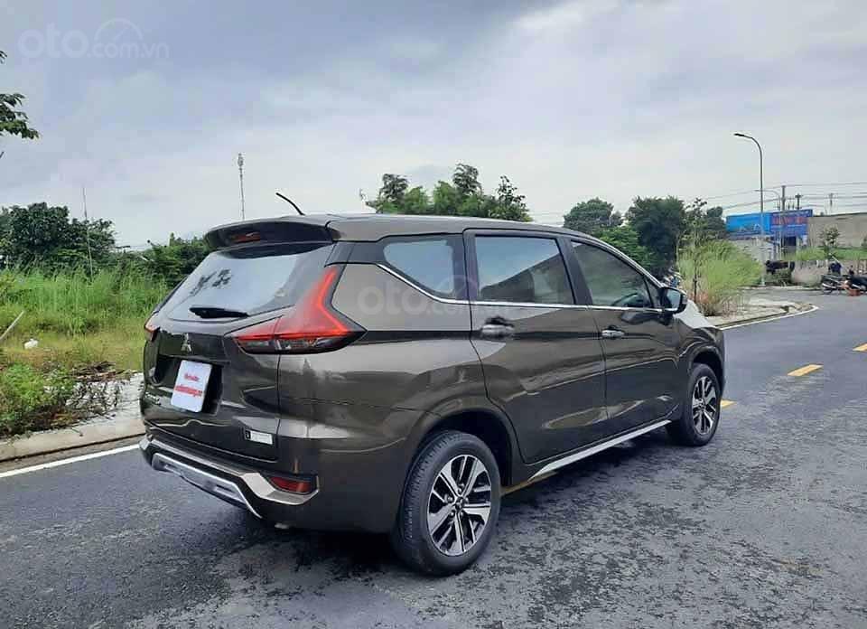 Cần bán Mitsubishi Xpander 1.5AT 2019, màu nâu còn mới  (2)