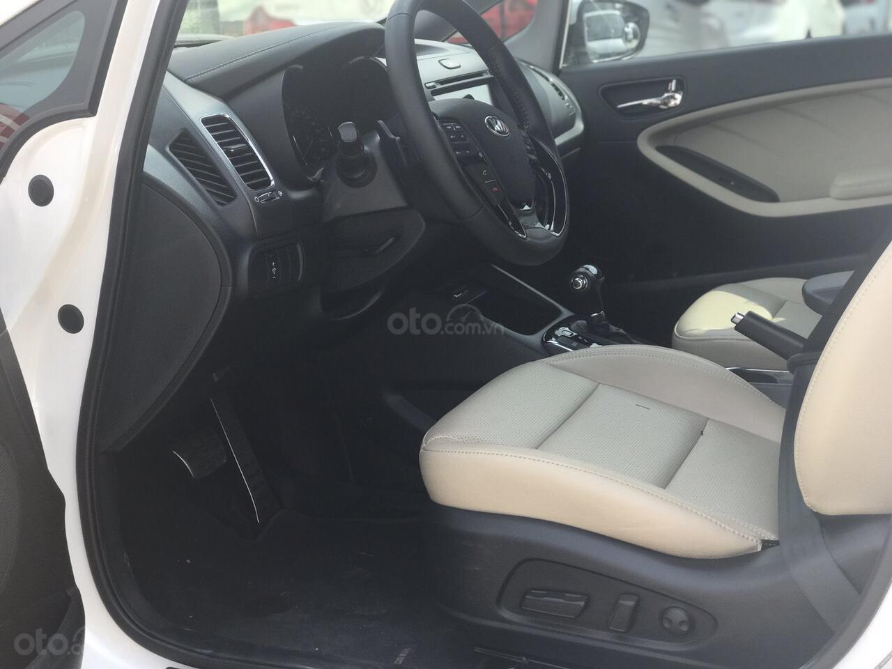 Bán ô tô Kia Cerato 1.6AT đăng ký 2017, giá 515tr (7)