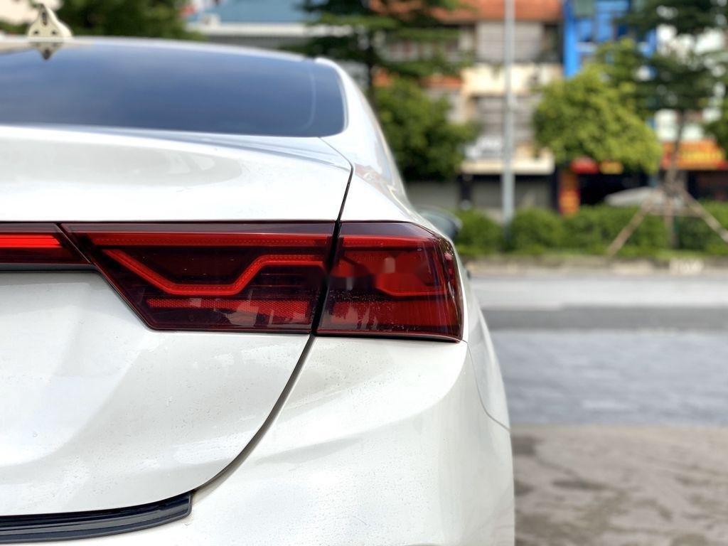 Cần bán Kia Cerato năm 2019, màu trắng (11)