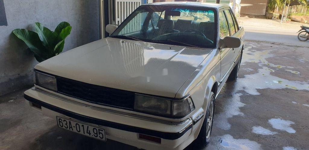 Bán Nissan Bluebird sản xuất 1984, màu trắng, nhập khẩu nguyên chiếc (3)