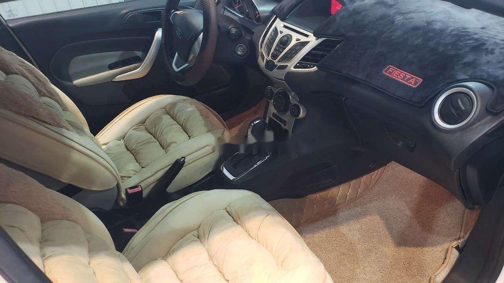 Cần bán xe Ford Fiesta 2011, màu trắng, xe nhập chính chủ, 275tr (7)