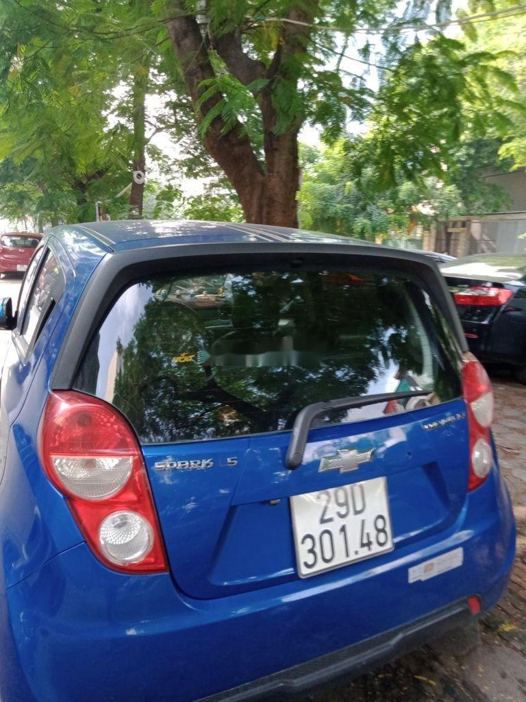 Bán Chevrolet Spark đời 2016, màu xanh lam chính chủ, 142 triệu (2)