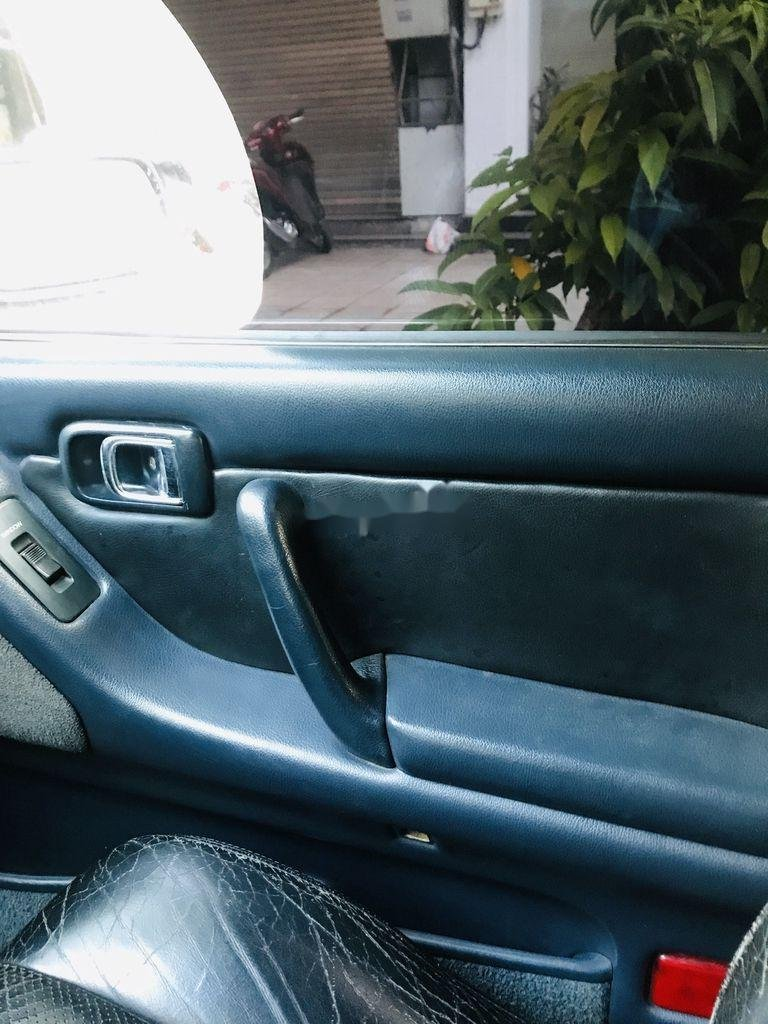 Bán Toyota Crown đời 1993, màu đen, xe nhập (4)