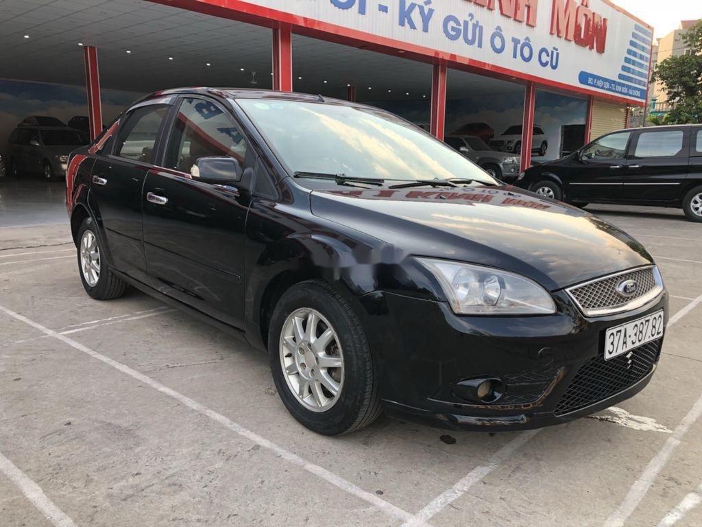 Cần bán Ford Focus sản xuất năm 2007, màu đen, nhập khẩu nguyên chiếc  (2)