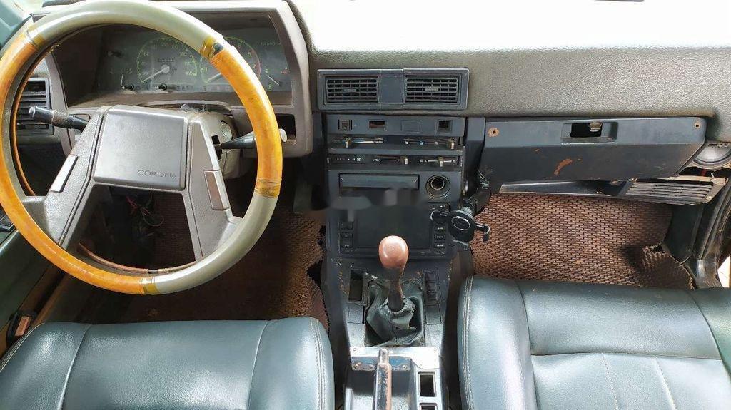 Bán ô tô Toyota Corona 1982, màu đen, nhập khẩu nguyên chiếc, giá chỉ 25 triệu (5)