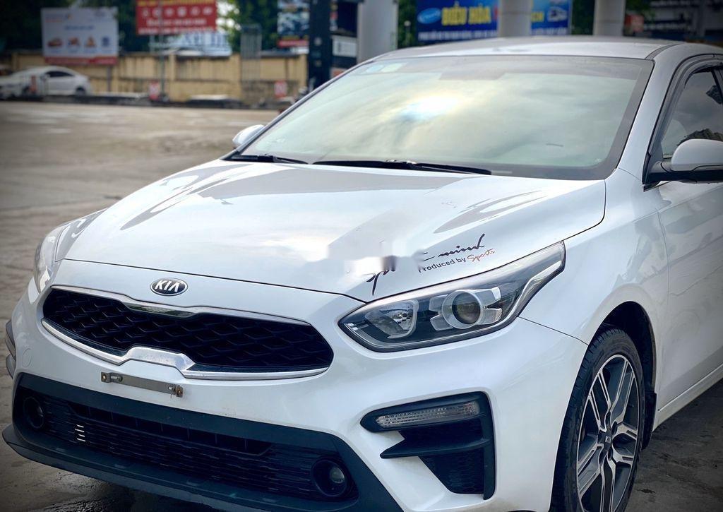 Cần bán Kia Cerato năm 2019, màu trắng (2)