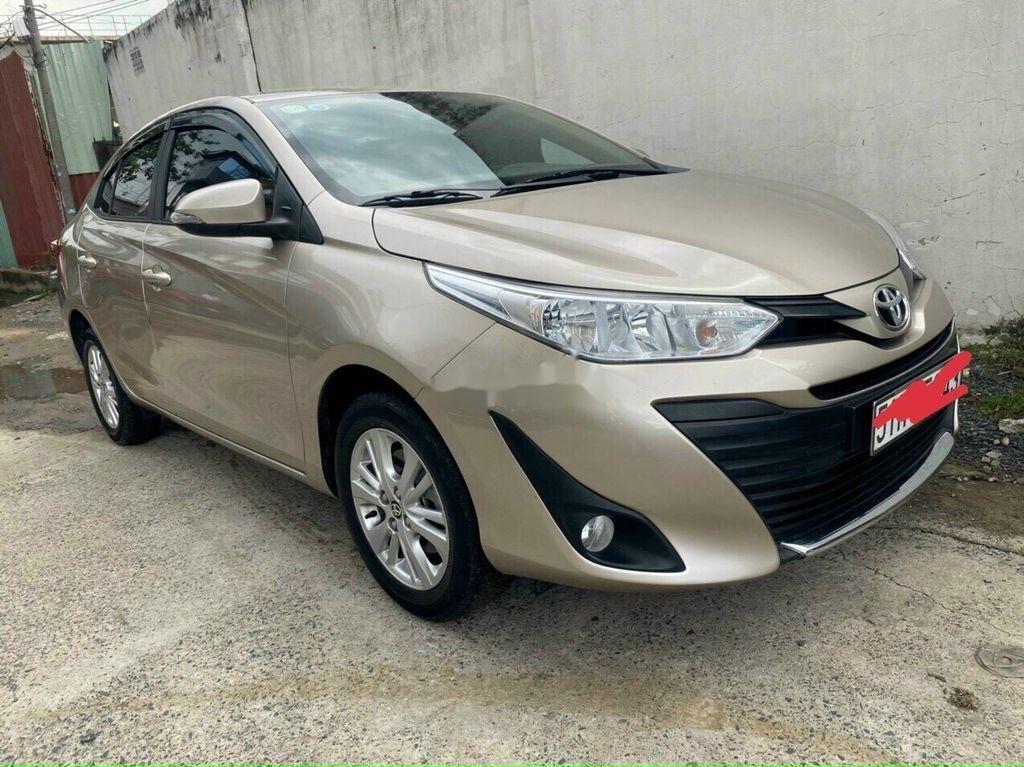 Cần bán Toyota Vios năm 2019, nhập khẩu, màu vàng cát (1)