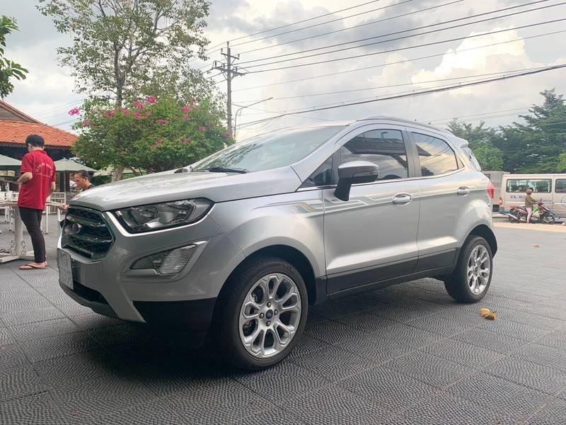 Bán xe Ford EcoSport sản xuất 2019, màu bạc còn mới, giá tốt (2)