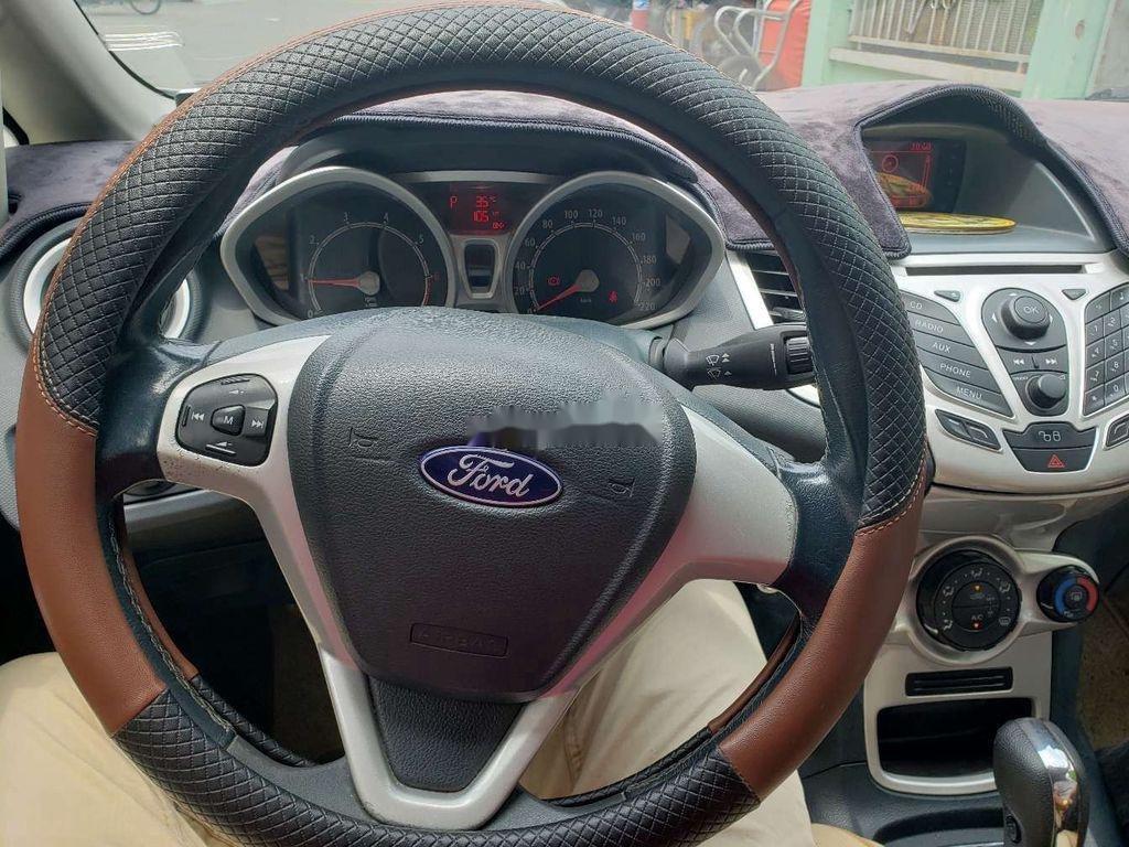 Cần bán xe Ford Fiesta 2011, màu trắng, xe nhập chính chủ, 275tr (11)