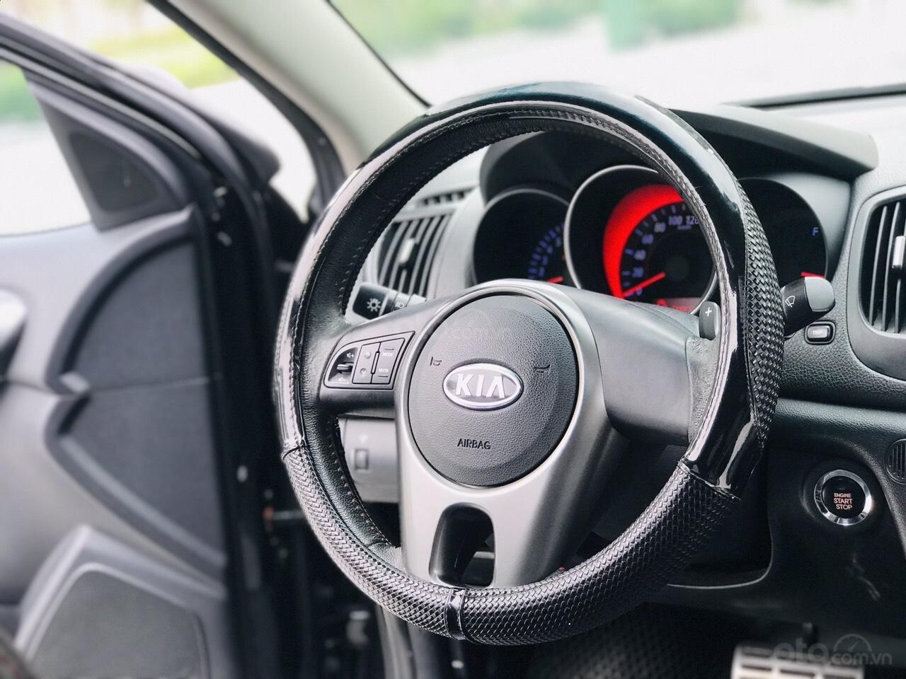 Cần bán Kia Cerato 1.6 AT bản xuất Âu, giá tốt (12)