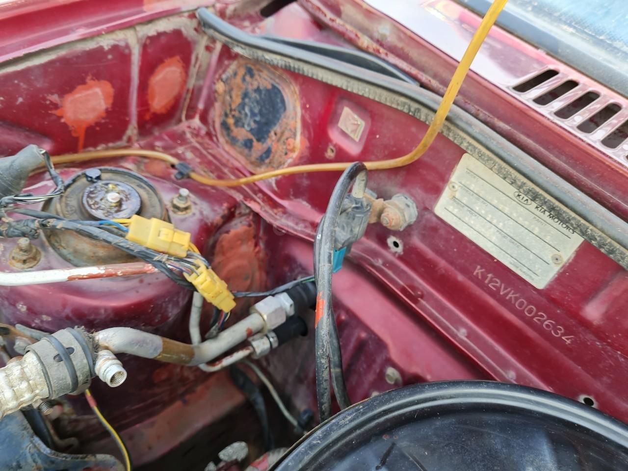 Cần bán Kia Pride GTL, SX 2001, máy xăng, nhập khẩu, đã chạy 80000km, xăng 6 L/100km, nội thất màu ghi, xe 5 cửa, máy 1.3 (11)