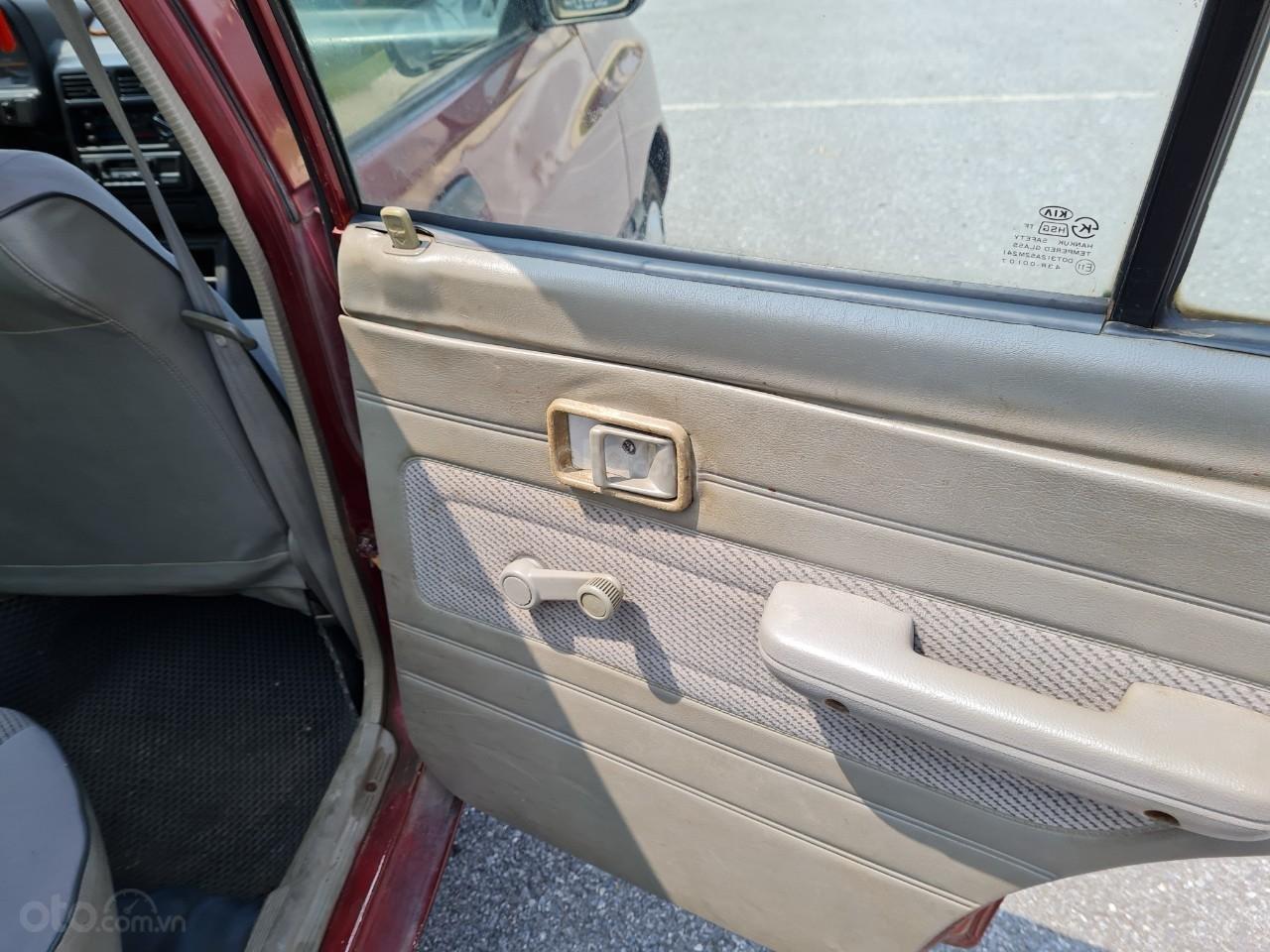 Cần bán Kia Pride GTL, SX 2001, máy xăng, nhập khẩu, đã chạy 80000km, xăng 6 L/100km, nội thất màu ghi, xe 5 cửa, máy 1.3 (10)